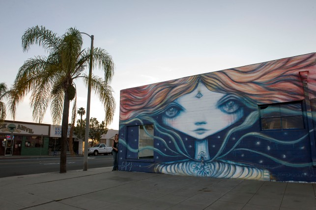 Artist and muralist Gloria Muriel, San Diego, November 2015. photo © Stefan Falke stefanfalke@mac.com www.stefanfalke.com